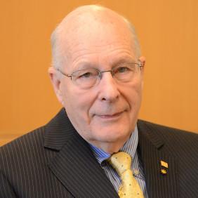 Dr. Norman Neureiter